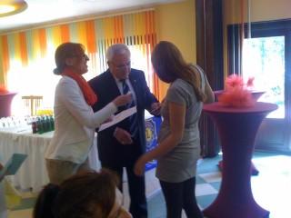 На 10.05. 2014 год. във Видин на скромна церемония организирана от БЧК Видин бяха връчени на 26 те младежи - абитуриенти индивидуални дарения в ра